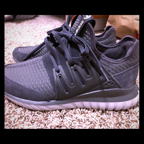 cheaper b196d bf4a4 Adidas Tubular Radial - unisex, grey and charcoal
